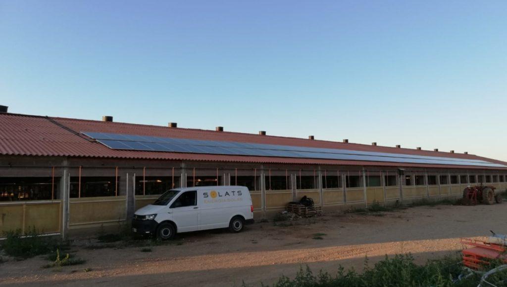 Energía solar en una granja